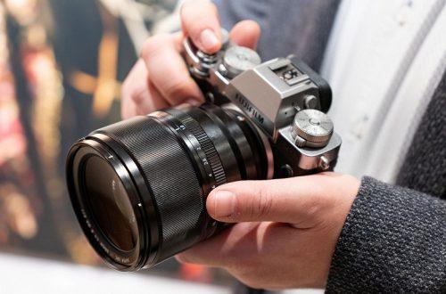 Компания Fujifilm показала объектив XF 50mm F1.0 и два объектива системы GFX