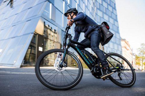 Во Франции «разгон» электрического велосипеда может закончиться большим штрафом и тюремным заключением