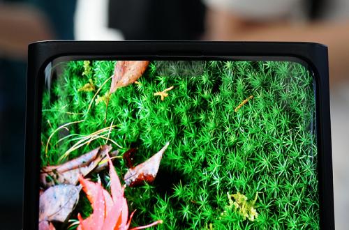 Подэкранные фронтальные камеры уже на горизонте. Samsung может использовать такое решение в линейке Galaxy S21