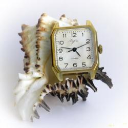 Часы Луч 2209. Тонко и утончённо.