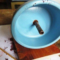 Сверлим керамику. Делаем горшок для кактуса из керамической кружки